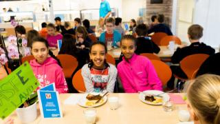Excellent School Lunches Take Internationella Engelska Skolan Västerås to National Final
